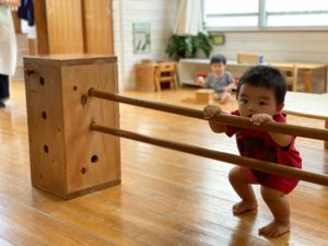 「子どもは動かなければ成長しない」